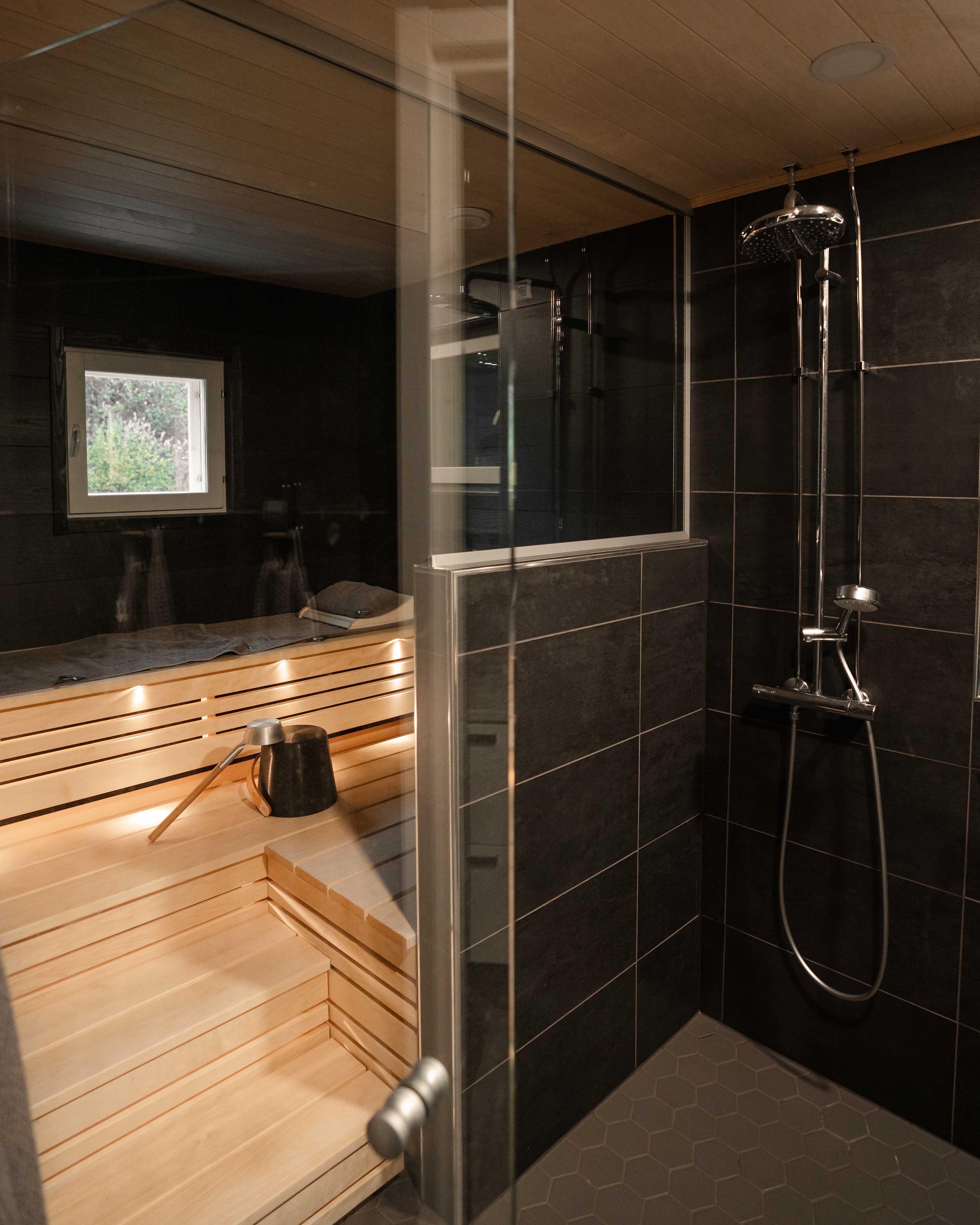 Mittatilaus sauna